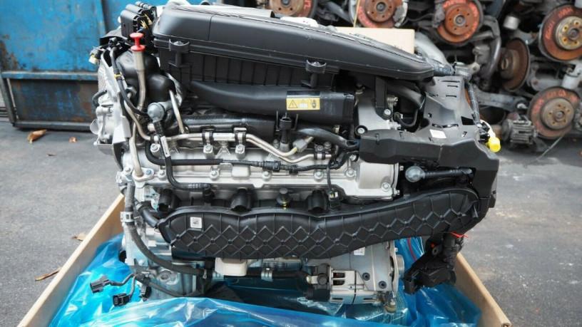 mercedes-w205-c63amg-2018-40-v8-bi-turbo-engine-big-3