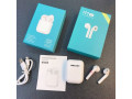 i11-earbuds-small-0