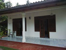 quick-sale-of-house-and-land-in-labuduwa-area-galle-big-0
