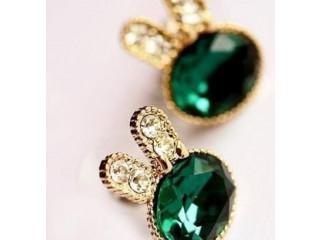 Green stone stud earring