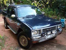 isuzu-kb-1988-big-0