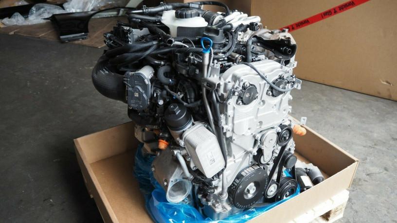 mercedes-benz-w176-a45amg-2015-petrol-engine-big-2