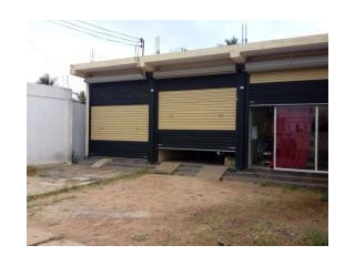 Building for rent, size 33 x 34 ft. Puttalam