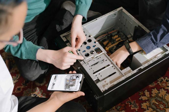 computer-repairing-class-big-0