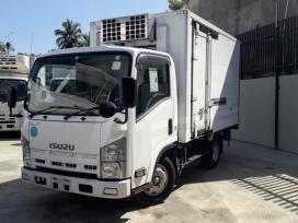isuzu-freezer-truck-2009-big-0