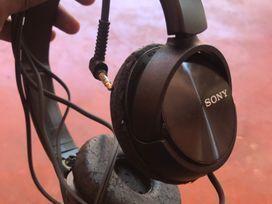 sony-headphone-big-0