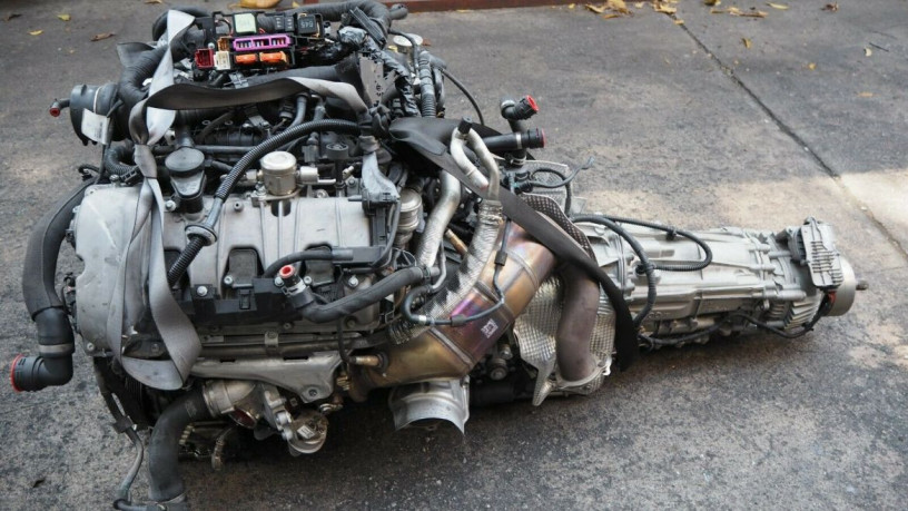porsche-macan-s-30-v6-2015-long-block-engine-big-2