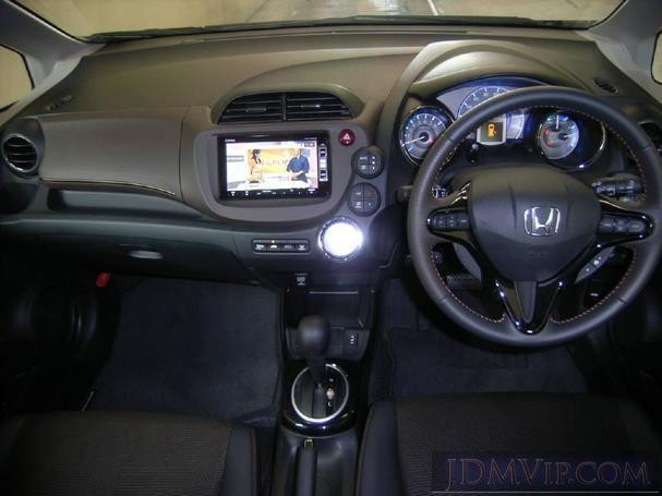 honda-fit-hybrid-for-rent-077-88-77-645-big-1