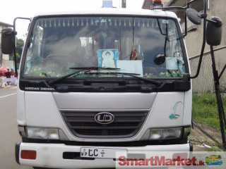 Nissan UD 3.5Ton Boom truck for sale - For Sale