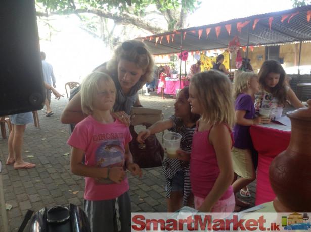galle-fort-flea-market-for-sale-big-2