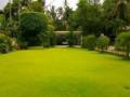 landscaping-maintenance-small-0