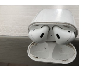 AirPods wireless device
