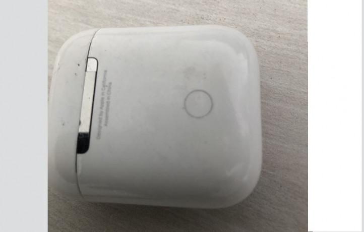 airpods-wireless-device-big-1