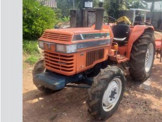 LJ43 Kubota Tractor