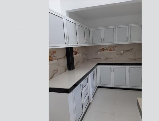 2-bedrooms-upstair-house-big-3