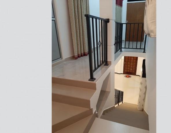 2-bedrooms-upstair-house-big-1