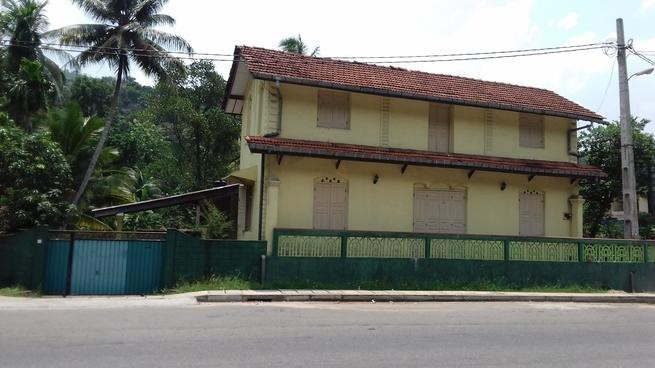 antique-two-storied-large-house-for-sale-in-dehiowita-big-2