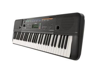 Yamaha Keyboard- Psr E253