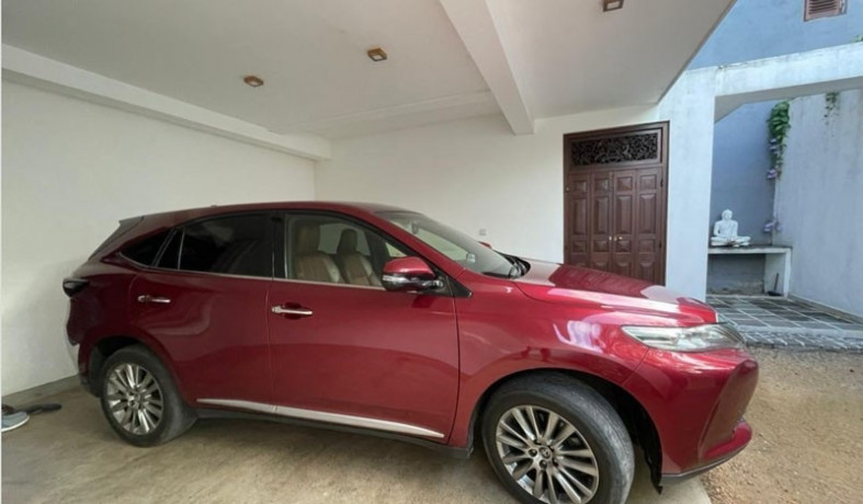 toyota-harrier-limited-edition-big-1