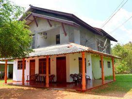 sasoba-family-resort-anuradhapura-big-0