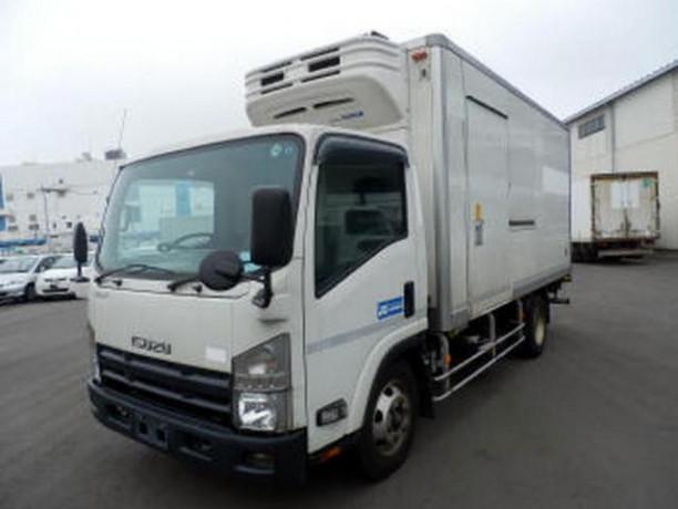 isuzu-freezer-truck-2010-big-0