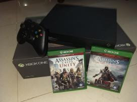 xbox-one-x-consoles-with-2-game-cd-big-0