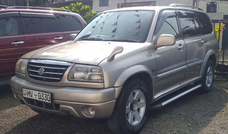 suzuki-grand-escudo-2001-big-0