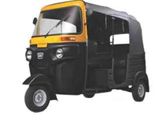 bajaj-re-three-wheeler-2016-big-0